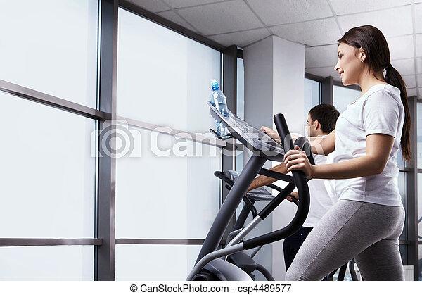Los deportes son salud - csp4489577