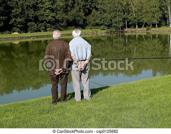 Abuelos, ancianos. - csp0125682