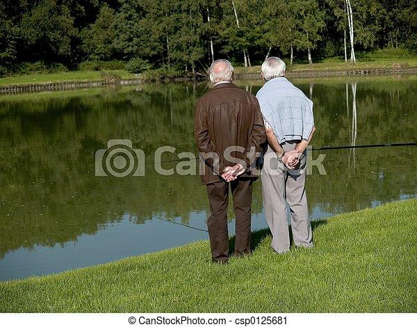 Abuelos, ancianos. - csp0125681