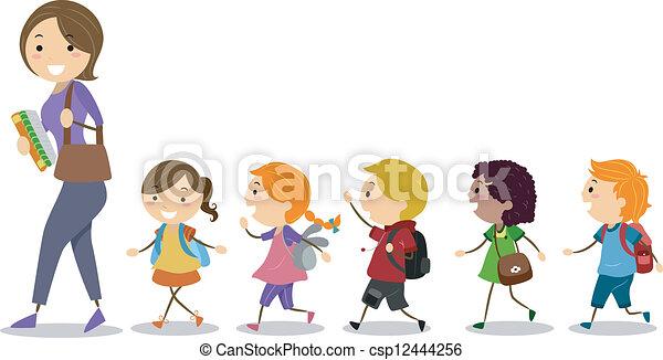 Los niños siguen a su maestra - csp12444256