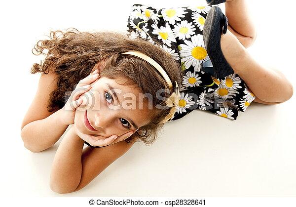 Un niño berreando - csp28328641