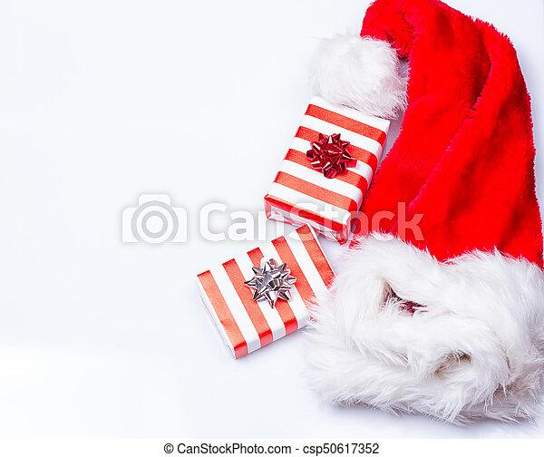 Sombrero de Papá Noel de Navidad - csp50617352