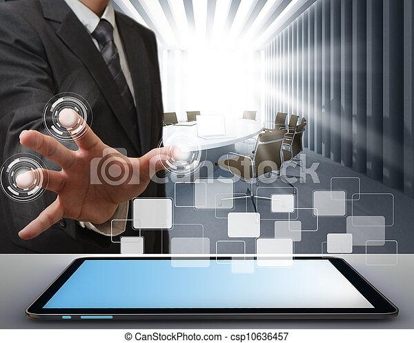 Hombre de negocios trabajando en tecnología moderna - csp10636457