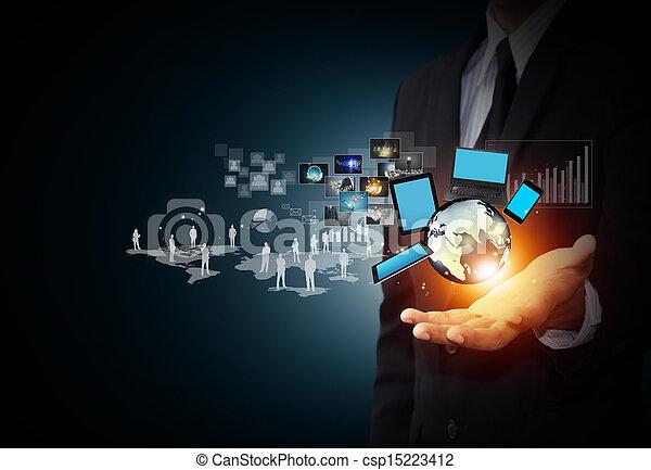 Tecnología y medios sociales - csp15223412
