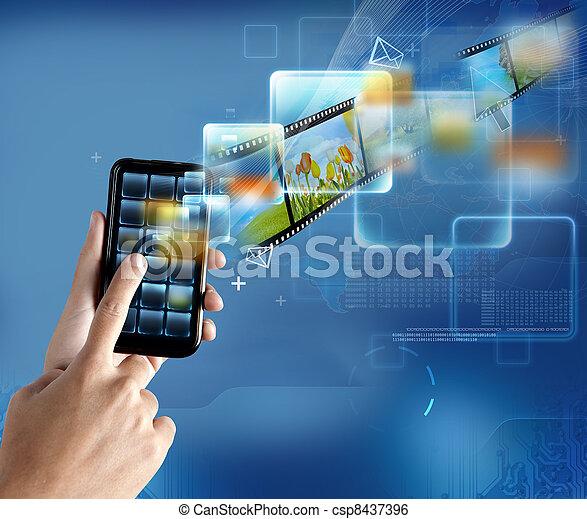 Tecnologia moderna - csp8437396