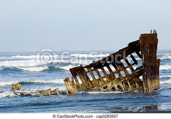 Un barco fantasma - csp0283507