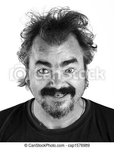 Un hombre enojado gritando de rabia extrema, BW - csp1576989
