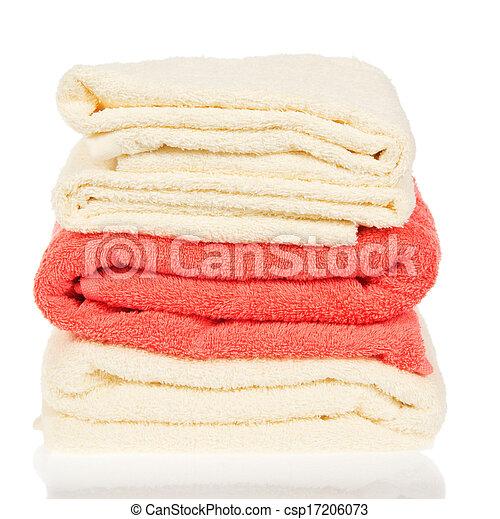 Un montón de toallas de baño - csp17206073
