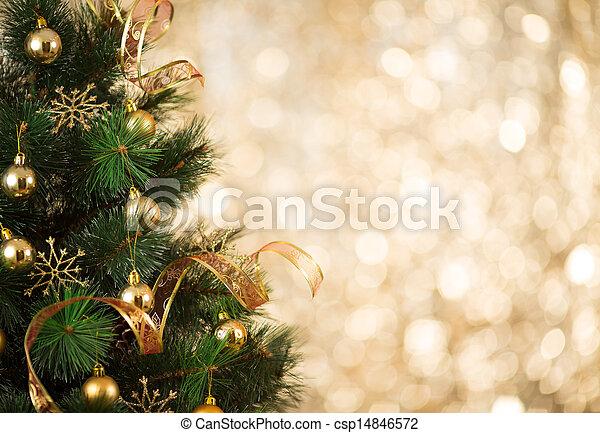 Un pasado dorado de Navidad de luces desfocadas con árbol decorado - csp14846572