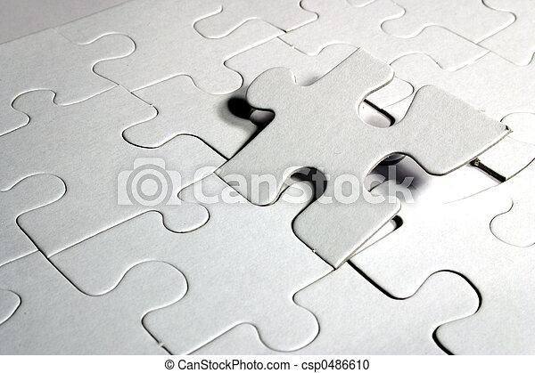 Un rompecabezas en blanco - csp0486610