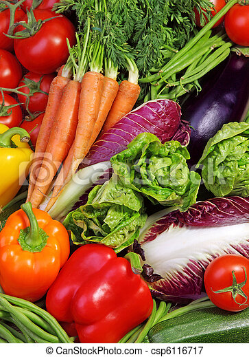 Un surtido de verduras frescas - csp6116717