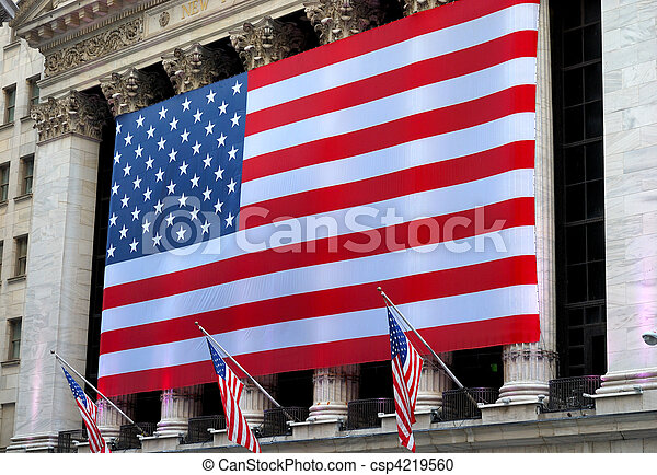 Una bandera americana gigante - csp4219560