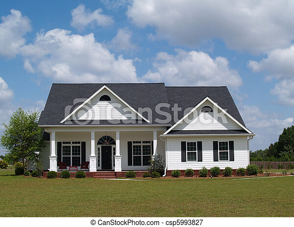 Una casa residencial - csp5993827