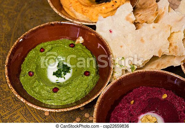 Una variedad de comida oriental, mezze - csp22659836