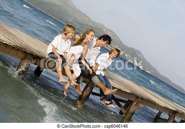 Felices vacaciones de verano - csp6046146