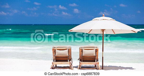 Vacaciones tropicales - csp6887839