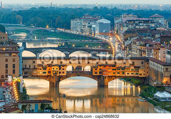 Río Arno y puentes ponte vecchio - csp24868632