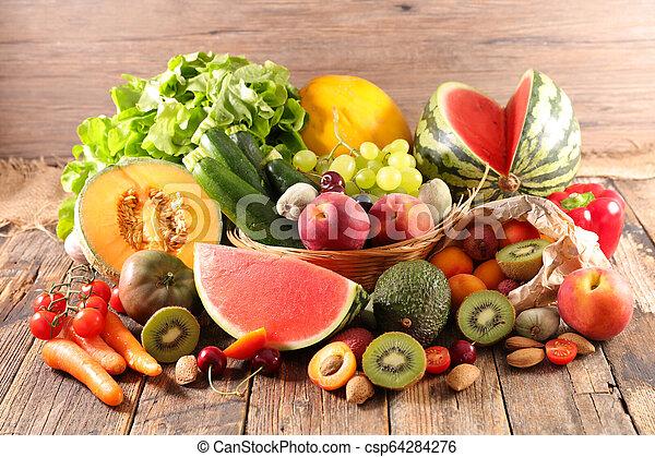 Fruta y verduras - csp64284276