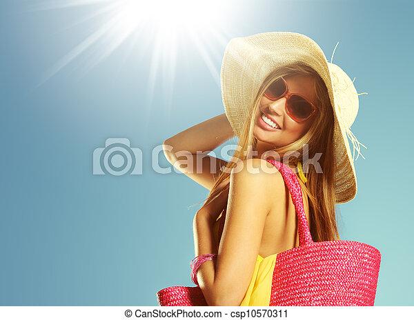 Mujer de vacaciones de verano - csp10570311