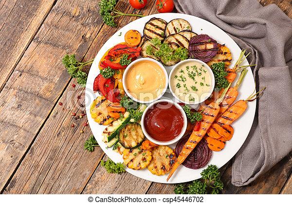 Verduras a la parrilla - csp45446702