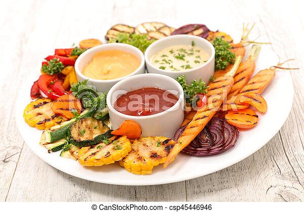Verduras a la parrilla - csp45446946