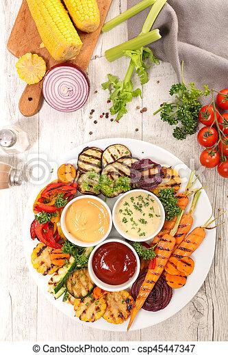 Verduras a la parrilla - csp45447347