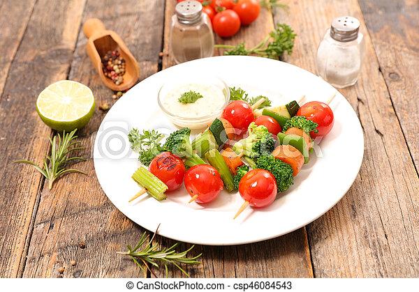 Verduras a la parrilla - csp46084543