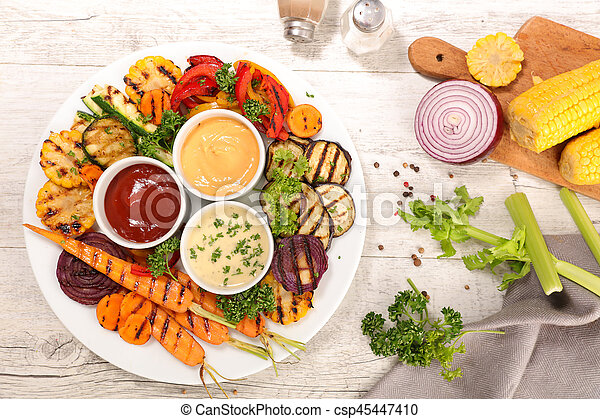 Verduras a la parrilla - csp45447410