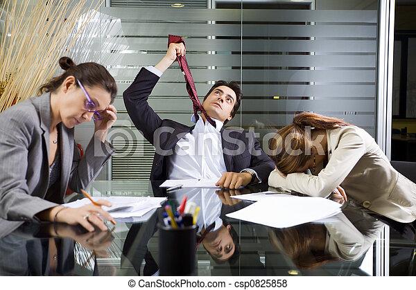 Vida de oficina - csp0825858