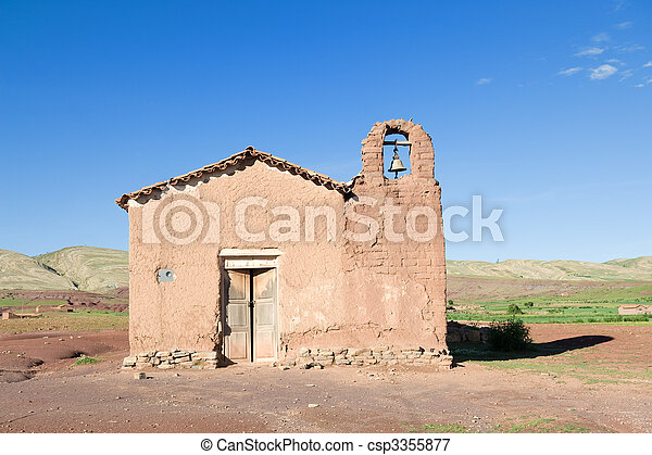 La vieja iglesia adobe - csp3355877